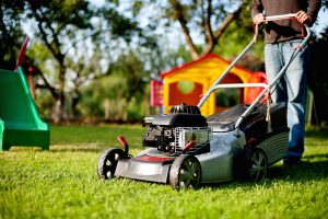A Brief Discussion About Self Propelled Lawn Mower Guide